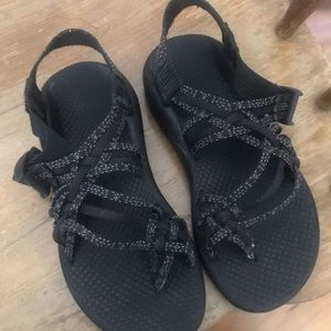Women's Chacos - All Black - Size 6